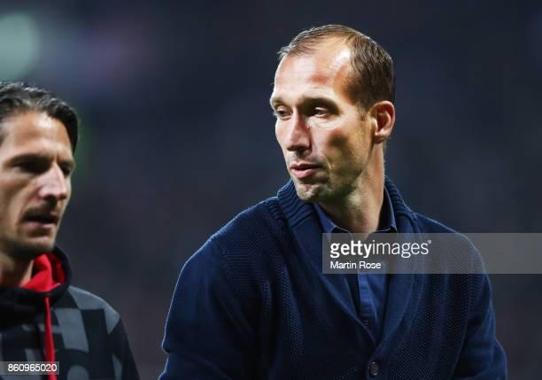 Jeff Strasser head coach of 1FC Kaiserslautern during the Second Bundesliga match between FC St Pauli and 1 FC Kaiserslautern at Millerntor Stadium...