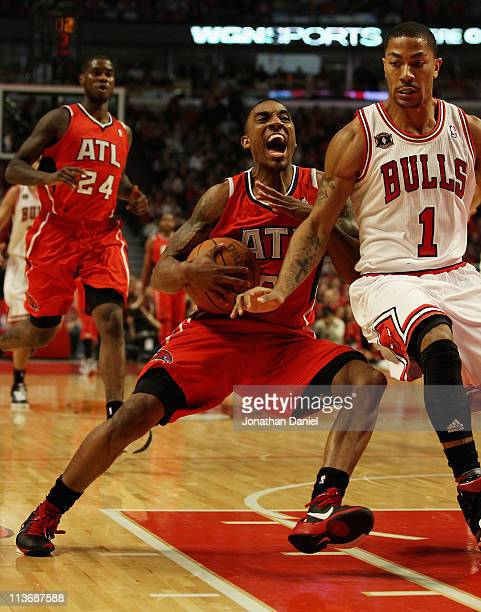 Jeff Teague of the Atlanta Hawks drives against Derrick Rose of the Chicago Bulls in Game Two of the Eastern Conference Semifinals in the 2011 NBA...