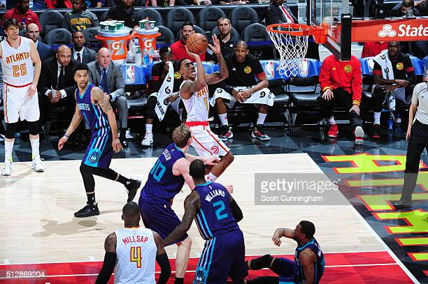 Jeff Teague of the Atlanta Hawks shoots the ball against the Charlotte Hornets on February 28 2016 at Philips Center in Atlanta Georgia NOTE TO USER...