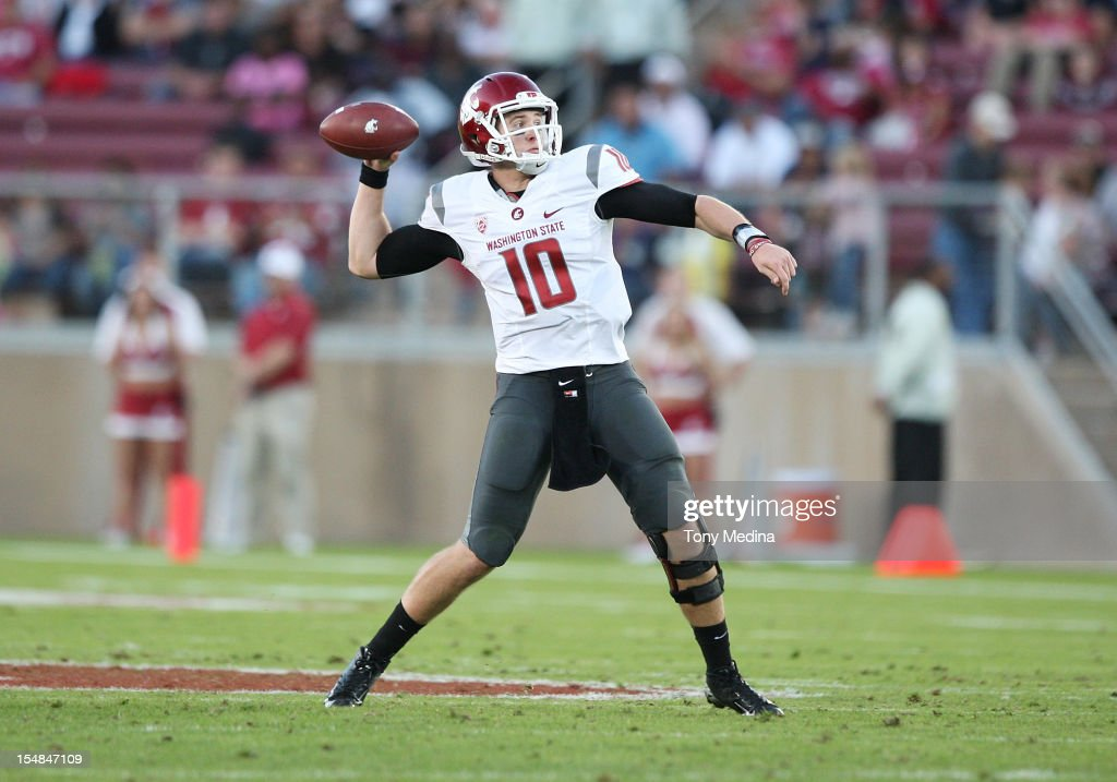 Jeff Tuel #10 of the Washington State Cougars passes the ball during a game against the Stanford Cardinal at Stanford Stadium on October 27, 2012 in Palo Alto, California.