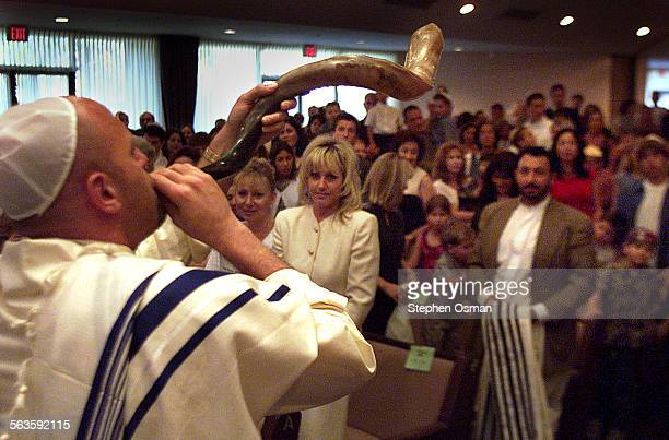 Jeff Weisberg blows the Shofar at the ending of a childrens program celebrating Yom Kippur at Temple Etz Chaim in Thousand Oaks