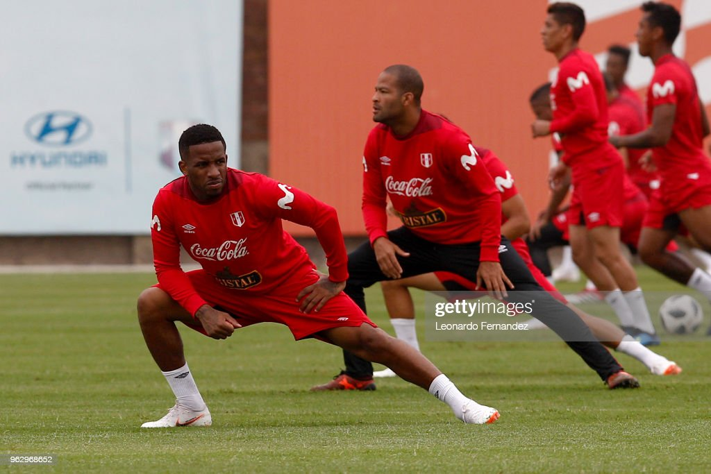 Jefferson Farfan and Alberto Rodriguez stretch during a training session ahead of FIFA World Cup Russia 2018 on May 25, 2018 in Lima, Peru.