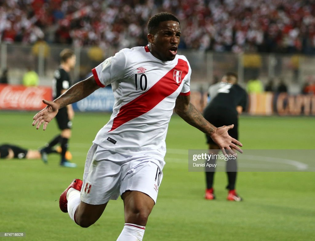 Jefferson Farfan of Peru celebrates after scoring the opening goal during a second leg match between Peru and New Zealand as part of the 2018 FIFA World Cup Qualifier Playoff at Estadio Nacional de Lima on November 15, 2017 in Lima, Peru.