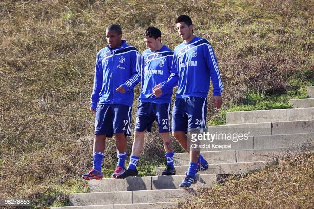 Jefferson Farfan, Vicente Sanchez and Carlos Zambrano attend the training session of FC Schalke at the Park stadium on April 6, 2010 in...