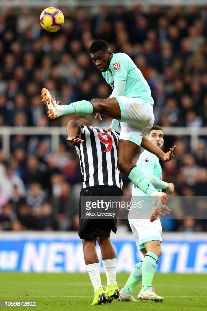 Jefferson Lerma of AFC Bournemouth battles for possession with Salomon Rondon of Newcastle United during the Premier League match between Newcastle...