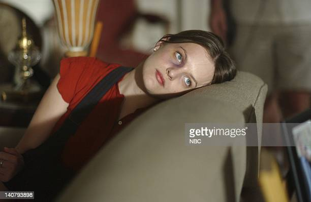 WING Jefferson Lives Episode 3 Aired Pictured Elisabeth Moss as Zoey Bartlet Photo by Ron Jaffe/NBCU Photo Bank