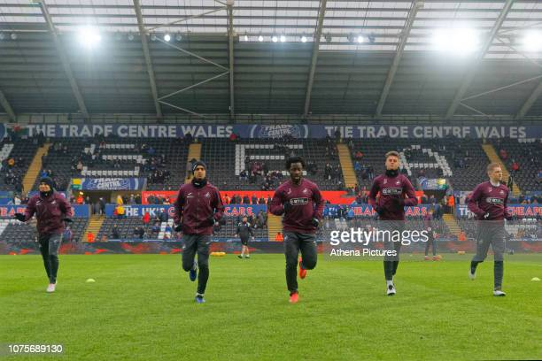 Jefferson Montero Kyle Naughton Wilfried Bony Joe Rodon and George Byers of Swansea City warm up prior to the game during the Sky Bet Championship...