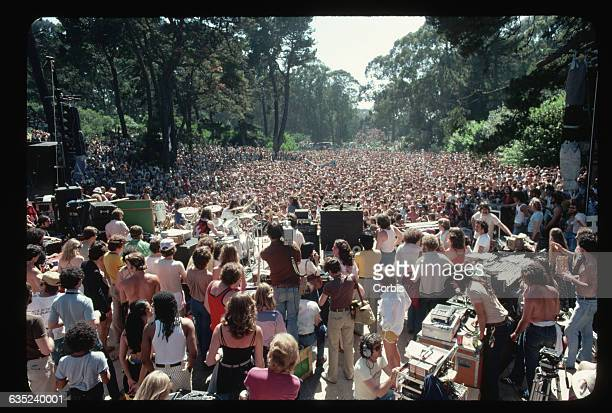 Jefferson Starship gives a secret illegal concert in Golden Gate Park's Marx Meadows