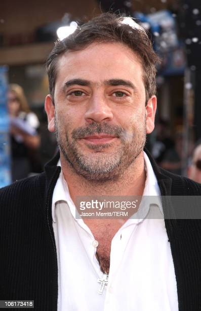 """Jeffrey Dean Morgan at the Premiere of Warner Bros. """"FRED CLAUS"""" at Grauman's Chinese Theatre on November 3, 2007 in Los Angeles, California."""