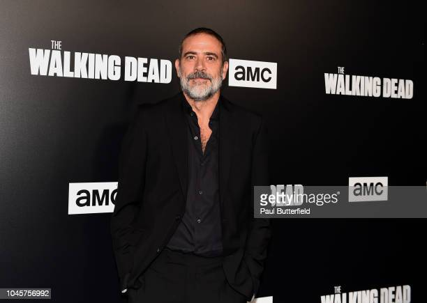"Jeffrey Dean Morgan attends the premiere of AMC's ""The Walking Dead"" season 9 at DGA Theater on September 27, 2018 in Los Angeles, California."