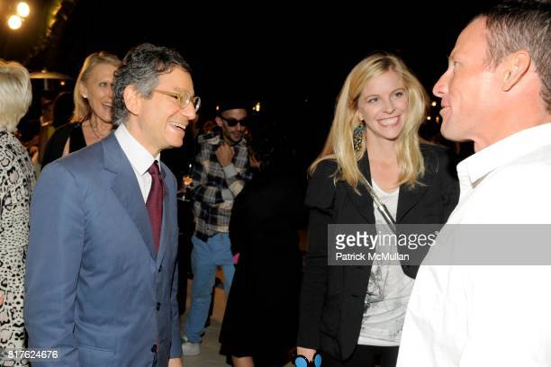 Jeffrey Deitch Anna Hansen and Lance Armstrong attend MAYBACH and MOCA Art Basel Party with LCD SOUNDSYSTEM at The Raleigh Hotel on December 1 2010...