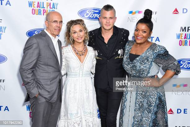 Jeffrey Katzenberg Clare Bowen Brandon Robert Young and Yvette Nicole Brown attend MPTF's Annual NextGen Summer Party at Paramount Pictures on August...