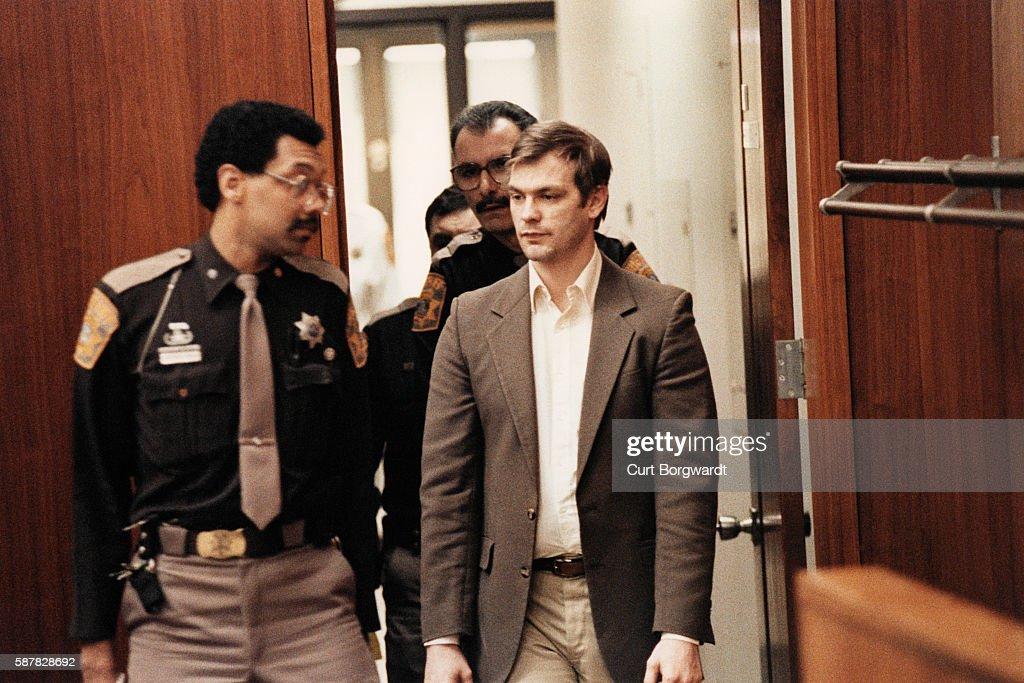 Trial of American Serial Killer Jeffrey Dahmer : Nachrichtenfoto
