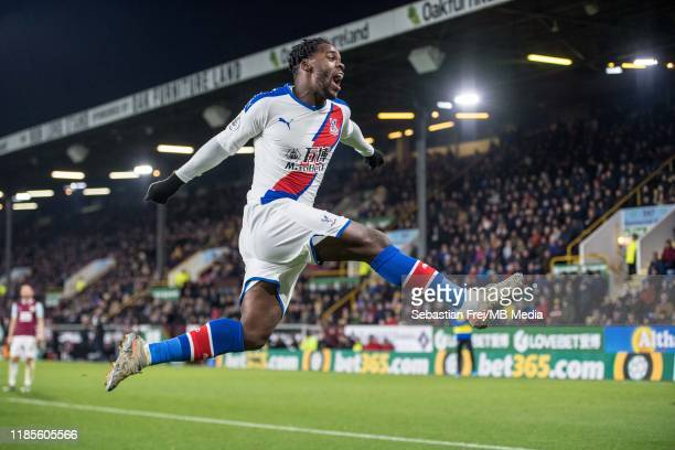 Jeffrey Schlupp of Crystal Palace celebrate after scoring a goal during the Premier League match between Burnley FC and Crystal Palace at Turf Moor...