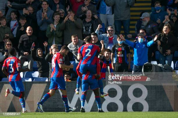 Jeffrey Schlupp of Crystal Palace celebrates after scoring during the Premier League match between Crystal Palace and Leicester City at Selhurst...