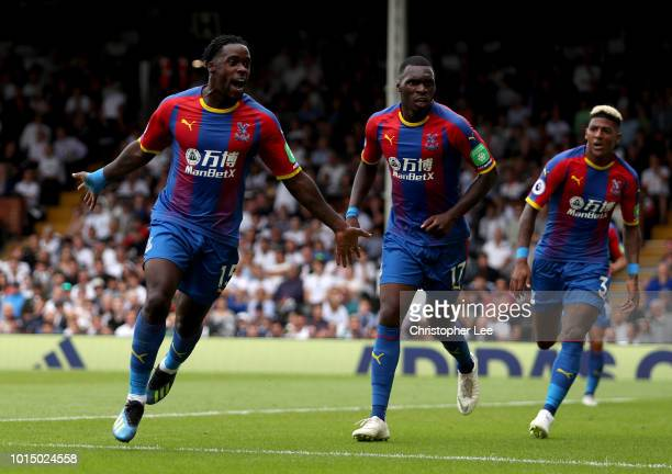 Jeffrey Schlupp of Crystal Palace celebrates after scoring his team's first goal during the Premier League match between Fulham FC and Crystal Palace...