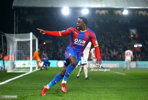 Jeffrey Schlupp of Crystal Palace celebrates his sides first goal during the Premier League match between Crystal Palace and Manchester United at...