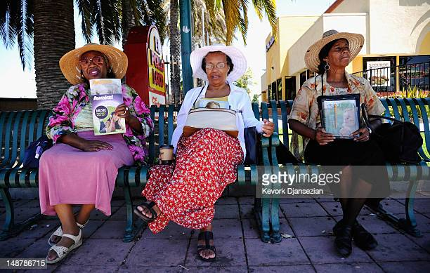 Jehovah's Witnesses volunteer ministers from left 34 year residentof City of Compton Bell Stewart Rose Godfrey and Sarah Lee wait to interact with...