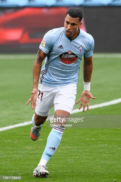Jeison Murillo of Celta Vigo celebrates after scoring his teams first goal during the Liga match between RC Celta de Vigo and Deportivo Alaves at...
