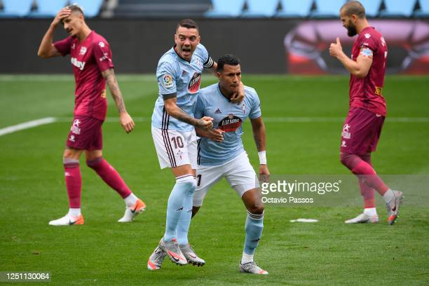 Jeison Murillo of Celta Vigo celebrates with Iago Aspas of Celta Vigo after scoring his teams first goal during the Liga match between RC Celta de...