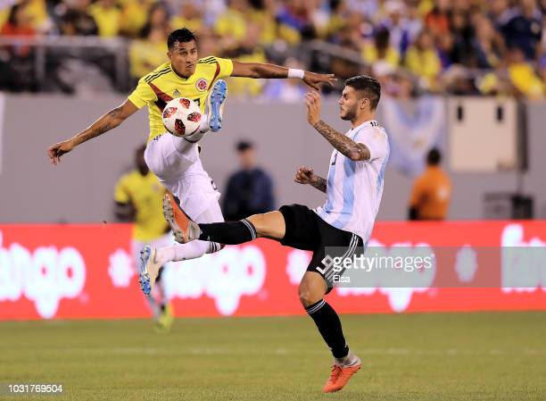 Jeison Murillo of Colombia and Mauro Icardi of Argentina fight for the ball at MetLife Stadium on September 11 2018 in East Rutherford New Jersey