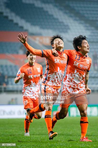 Jeju United Forward Hwang Ilsu celebrating his score with Jeju United Defender Chung Woon during the AFC Champions League 2017 Group H match Between...