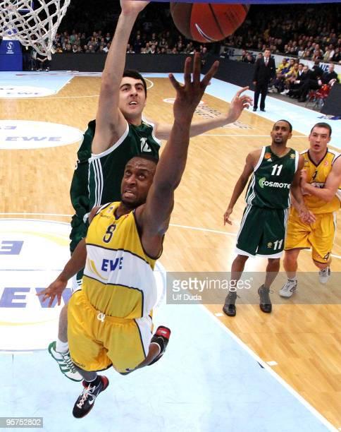 Jekel Foster, #8 of EWE Basket Oldenburg in action during the Euroleague Basketball Regular Season 2009-2010 Game Day 10 between Ewe Baskets...