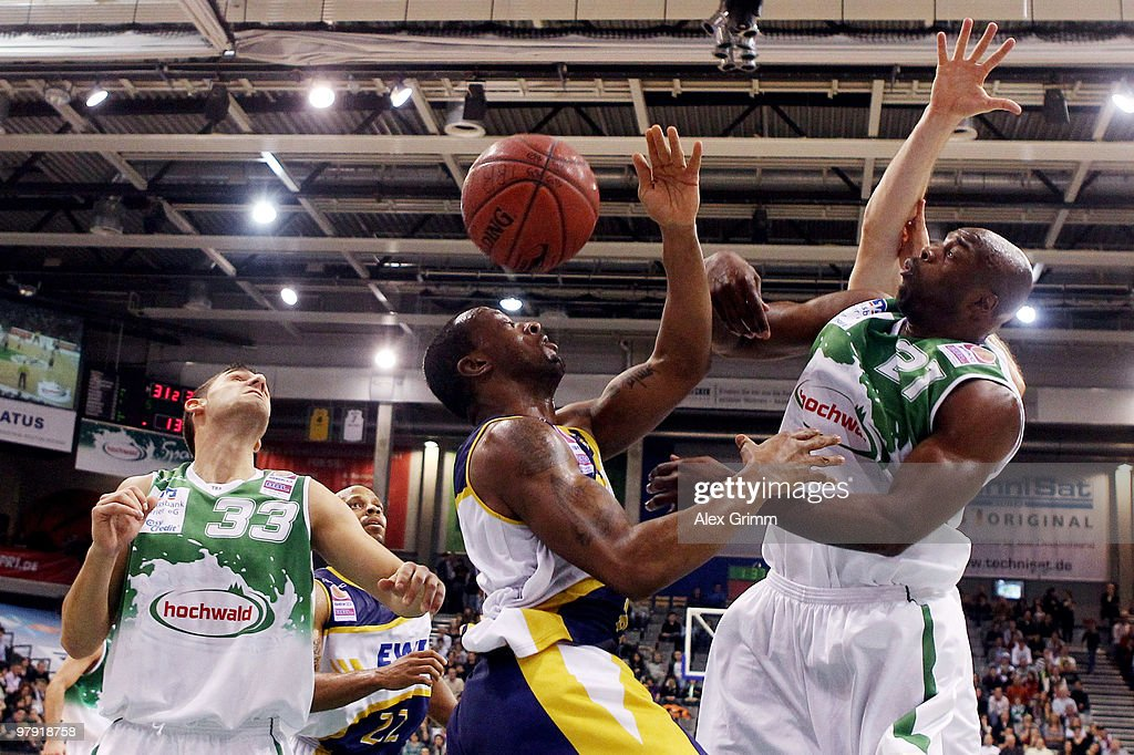 TBB Trier v EWE Baskets Oldenburg - Beko BBL