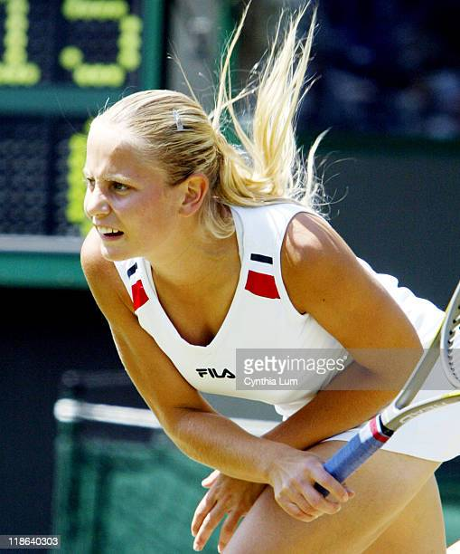 Jelena Dokic loses to Maria Sharapova, 6-4, 6-4 in the third round of the Wimbledon Championships.