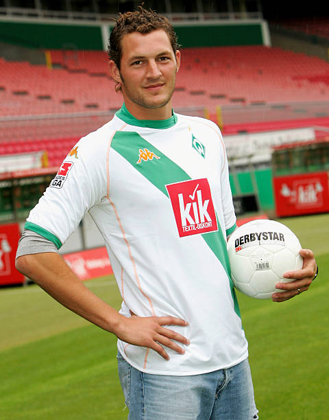 Bundesliga werder bremen presentation new player jelle van for 5 seasons designhotel bremen
