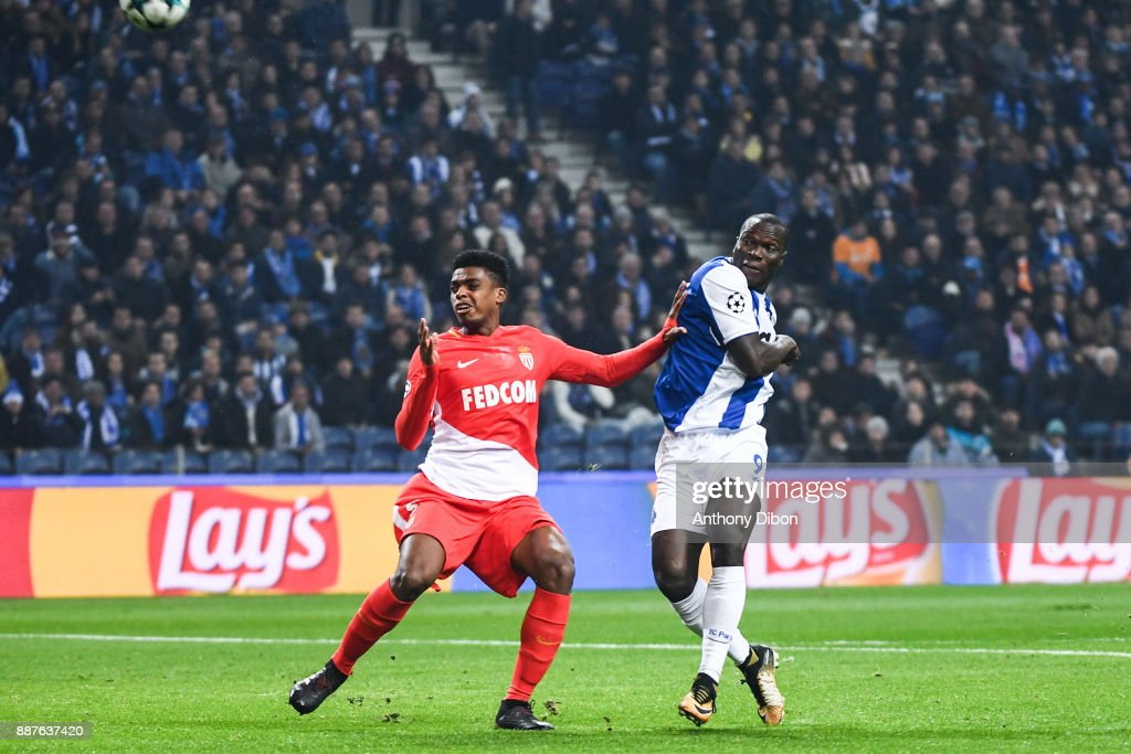 Jemerson of Monaco and Vincent Aboubakar of Porto during the Uefa Champions League match between Fc Porto and As Monaco at Estadio do Dragao on December 6, 2017 in Porto, Portugal.