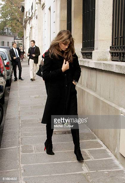 Jemima Khan and Hugh Grant are seen in Paris during Hugh's current promotional tour for Bridget Jones The Edge Of Reason on November 4 2004 in France