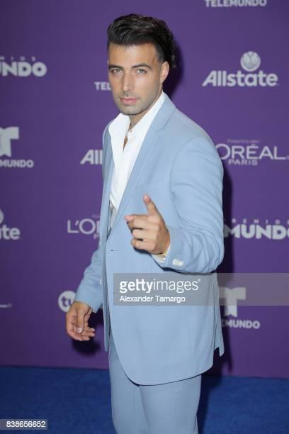 Jencarlos Canela arrives at Telemundo's 2017 Premios Tu Mundo at American Airlines Arena on August 24 2017 in Miami Florida