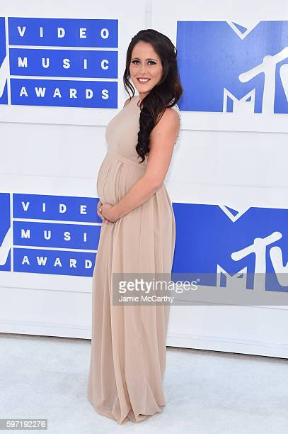 Jenelle Evans attends the 2016 MTV Video Music Awards at Madison Square Garden on August 28 2016 in New York City