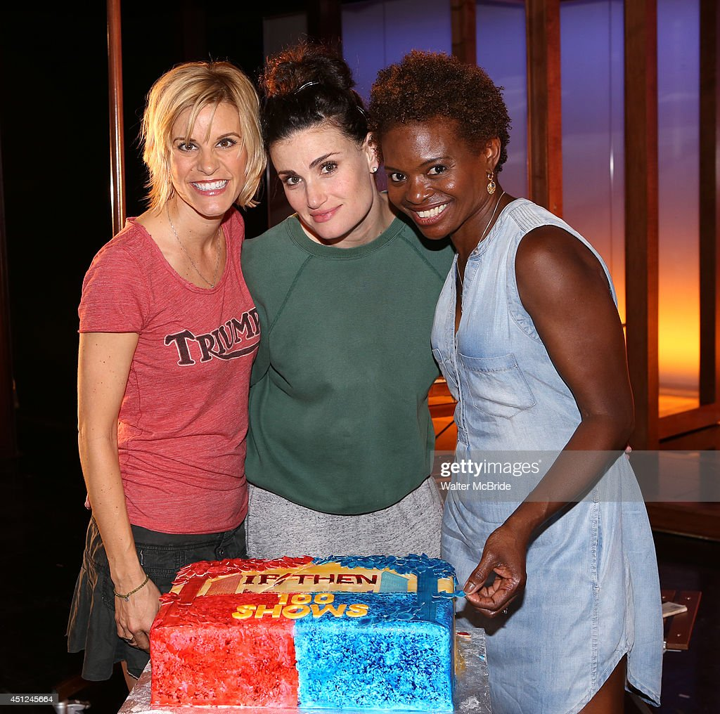 """If/Then"" 100th performance celebration : News Photo"