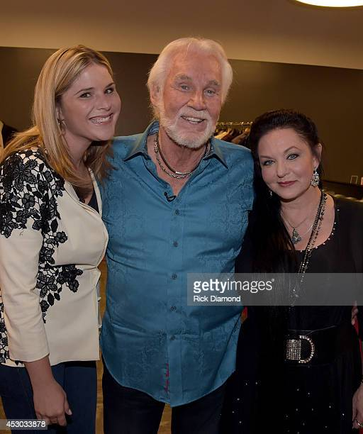 Jenna Bush Kenny Rogers and Crystal Gayle during Former First Daughter Jenna Bush interview of Kenny Rogers for NBC's Today Show at The Country Music...