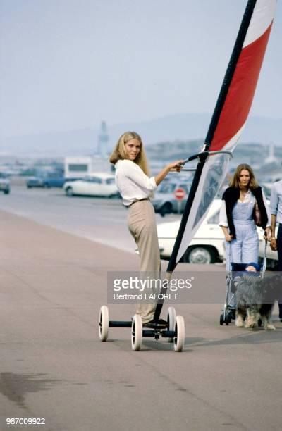 Jenna de Rosnay fait du speedsail le 20 septembre 1980 au Touquet France