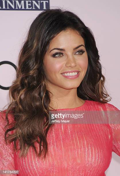 Jenna Dewan arrives at The Vow Los Angeles Premiere at Grauman's Chinese Theatre on February 6 2012 in Hollywood California