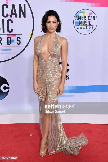 Jenna Dewan attends the 2017 American Music Awards at Microsoft Theater on November 19 2017 in Los Angeles California