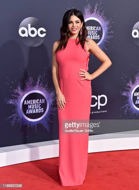 Jenna Dewan attends the 2019 American Music Awards at Microsoft Theater on November 24 2019 in Los Angeles California