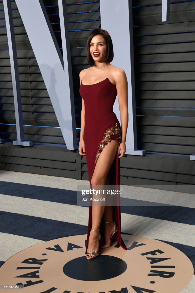 Jenna Dewan Tatum attends the 2018 Vanity Fair Oscar Party hosted by Radhika Jones at Wallis Annenberg Center for the Performing Arts on March 4, 2018 in Beverly Hills, California.