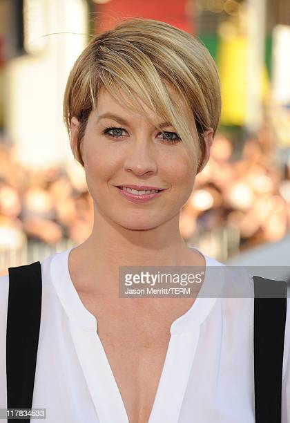 Jenna Elfman arrives at the premiere of Warner Bros Pictures' 'Horrible Bosses' at Grauman's Chinese Theatre on June 30 2011 in Hollywood California