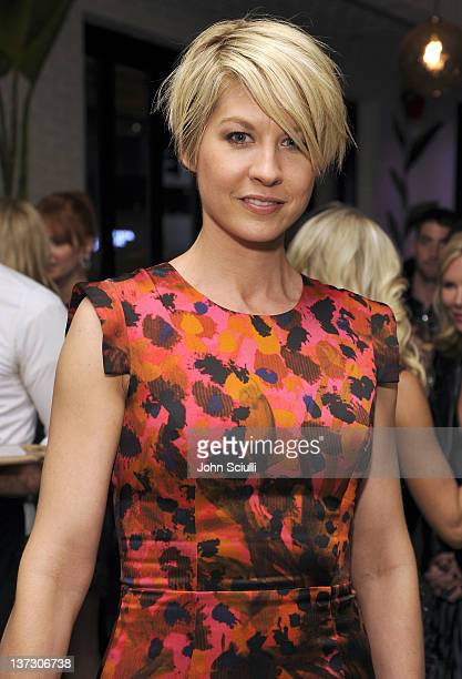 Jenna Elfman attends dinner and cocktails hosted by Nicole Miller Emmy Rossum and Luis Barajas at Thompson Hotel on January 18 2012 in Beverly Hills...
