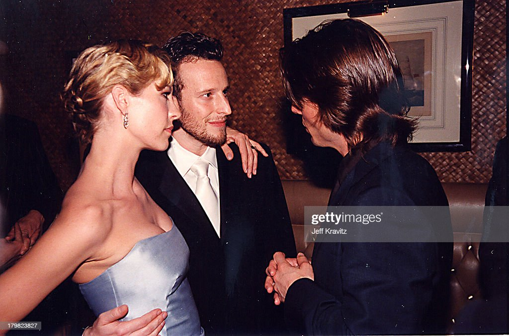 Jenna Elfman, Bodhi Elfman & Tom Cruise during 2000 Golden Globe SKG Party in Los Angeles, California, United States.