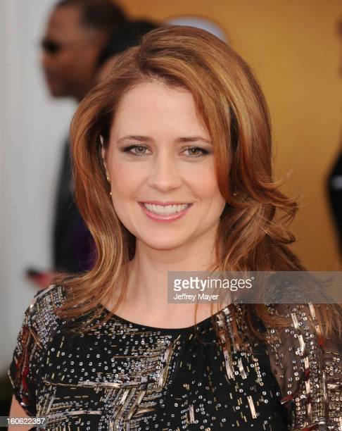 Jenna Fischer arrives at the 19th Annual Screen Actors Guild Awards at the Shrine Auditorium on January 27, 2013 in Los Angeles, California.