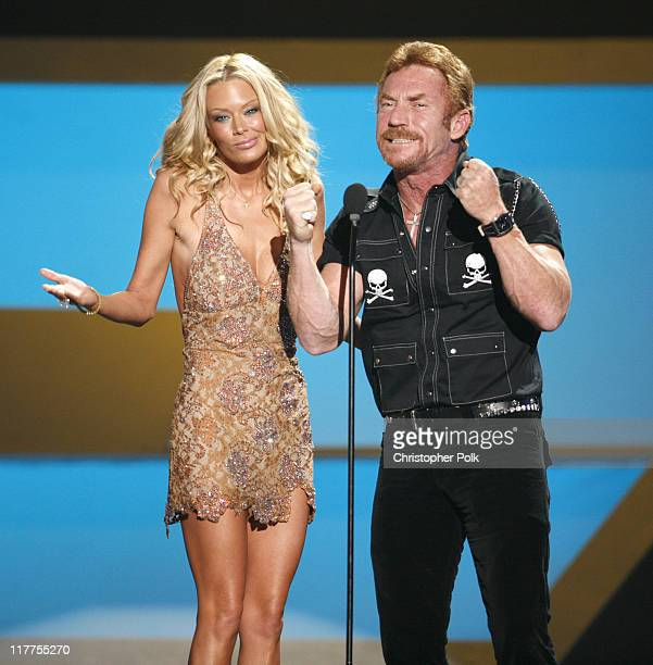 Jenna Jameson and Danny Bonaduce presenters during VH1 Big in '06 Show at Sony Studios in Los Angeles California United States
