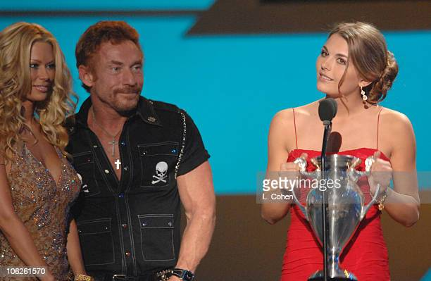 """Jenna Jameson and Danny Bonaduce, presenters, with Jessica Rose, winner Big Download for """"What's a Date """""""
