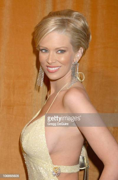Jenna Jameson during The Weinstein Co/Glamour 2006 Golden Globe After Party Arrivals at Trader Vic's in Beverly Hills California United States