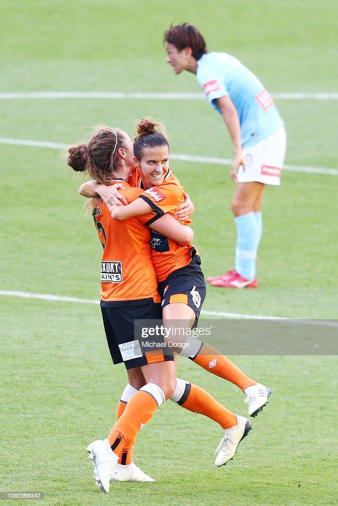 W-League Rd 11 - Melbourne v Brisbane : News Photo