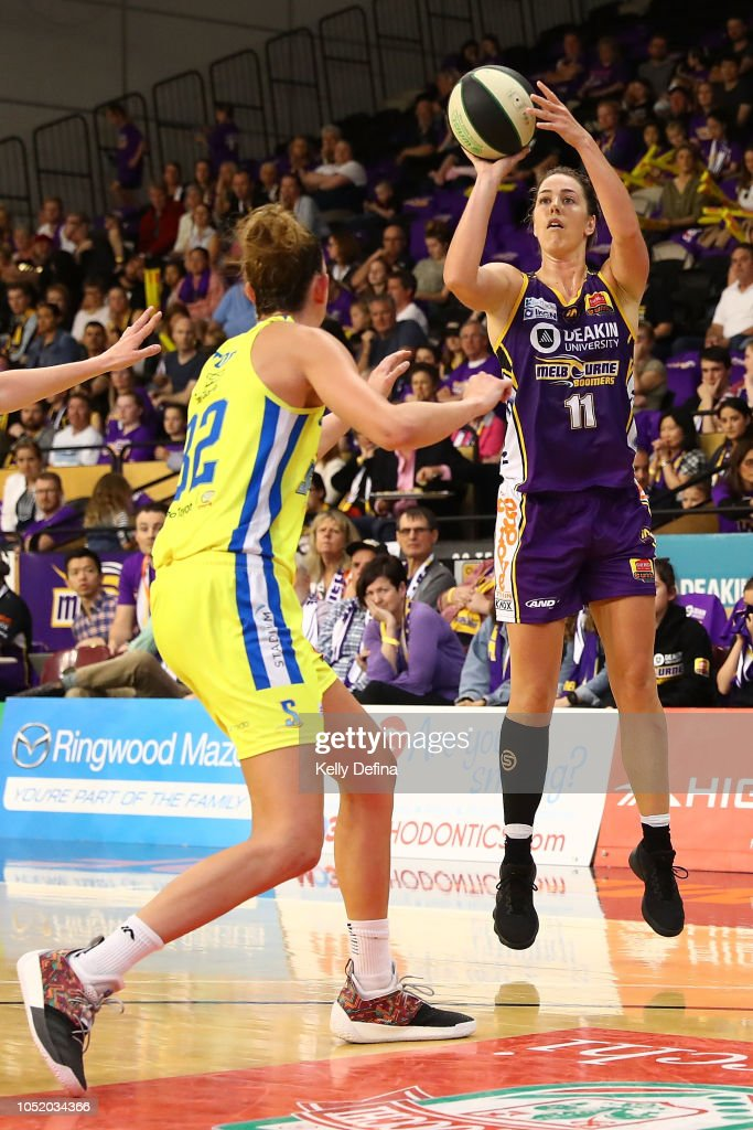 WNBL Rd 1 - Melbourne v Bendigo : News Photo